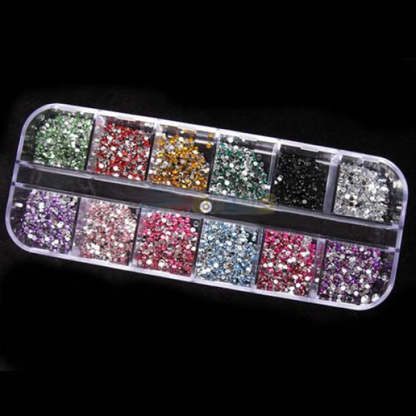 Kit Pierres décoratives Strass Ongles Manucure Nail Art avec Boite Rangement transparente