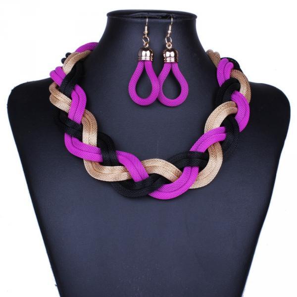 Parure Collier Boucles d Oreilles Corde tressee Multicolore Plastron Violet Noir