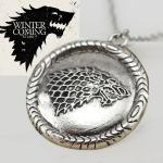 Collier Pendentif Bijou Game of Throne Maison Stark Loup Wolf Devise